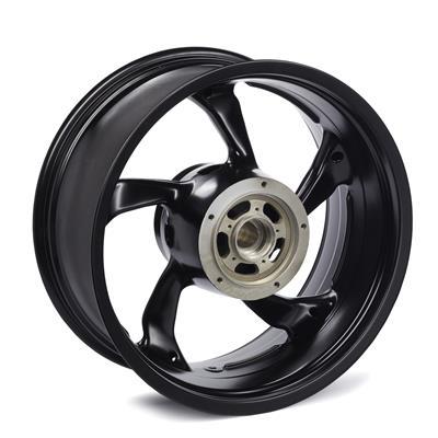 Bredt baghjul til VMAX