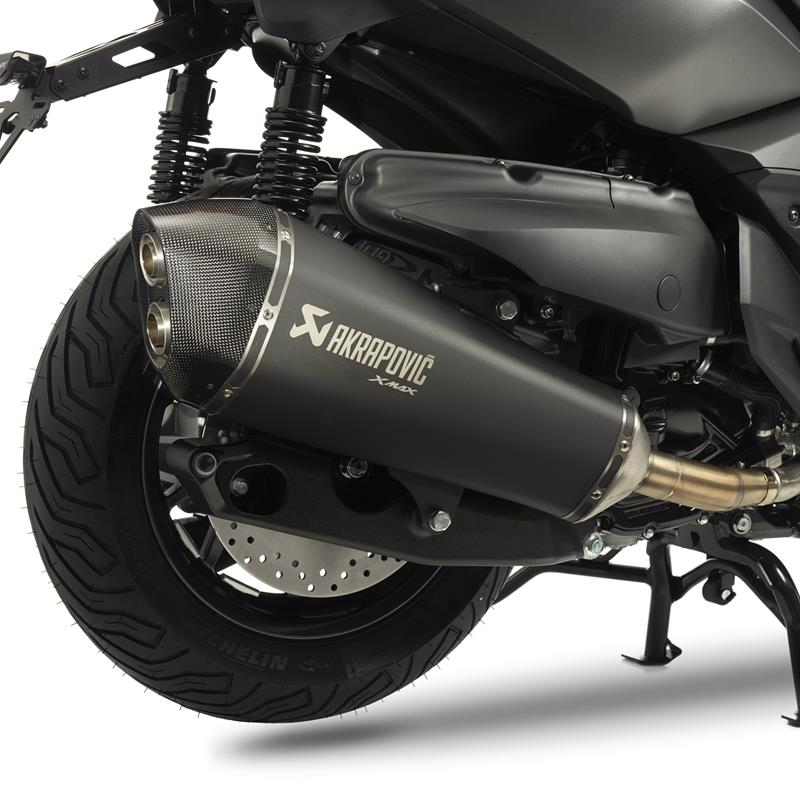 akrapovic exhaust slip on muffler black for yamaha x max 400 2014 2016 ebay. Black Bedroom Furniture Sets. Home Design Ideas