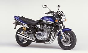 2002_XJR1300_03 from 236-447260 (gc_single_col)