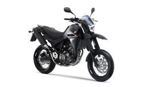 2006_XT660X-Yamaha_Black_(YB)_PS_03 from 236-446936 (gc_single_col)