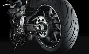 2014_MT07_Sport Touring_Fat rear tyre from 236-558986 (gc_single_col)