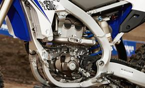 2014_YZ250F_Off road_Reversed engine head from 236-539596 (gc_single_col)