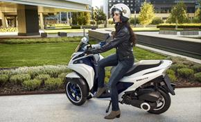 2015_MW125_Scooters_A new standard in personal transportation from 236-581952 (gc_single_col)