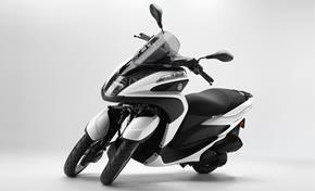 2015_MW125_Scooters_Modern design from 236-582006 (gc_single_col)