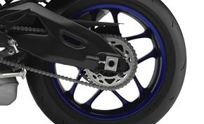 2015_YZF1000R1_Supersport_Beautiful, full magnesium wheels from 236-599239 (gc_single_col)