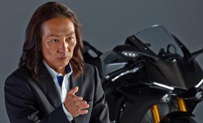 2015_YZF1000R1_Supersport_Project Leader Fujiwara explains from 236-598333 (gc_single_col)