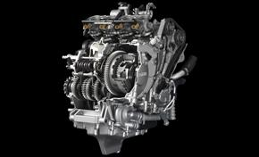 2016_MT10_Sport Touring_Compact engine with crossplane crankshaft technology from 236-660996 (gc_single_col)