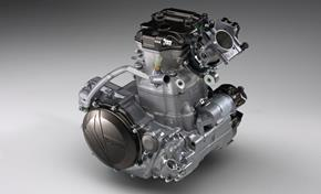 2016_WR450F_Off road_Reversed engine layout with front-facing straight air intake from 236-656276 (gc_single_col)