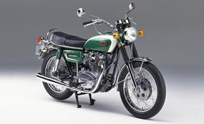 2016_XSR700_Sport Touring_XS 650 from 1970 from 236-650071 (gc_single_col)