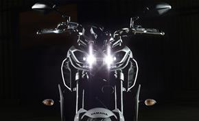 2017_MT09_Sport Touring_Dual headlights, quad-LED construction from 236-683139 (gc_single_col)