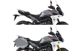 2018_MT09TR_Sport Touring_Standard model (above) and GT model (below) from 236-741779 (gc_single_col)