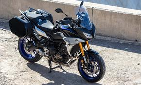 2018_MT09TR_Sport Touring_Tracer 900GT - comes with sidecases included from 236-741797 (gc_single_col)
