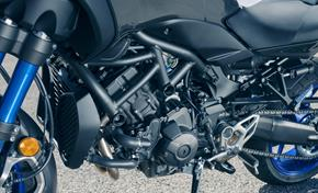 2018_MXT850_NIKEN_Quickshifter and convenient suspension adjustment from 236-732093 (gc_single_col)