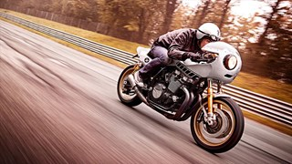 Deus Ex Machina Eau Rouge XJR1300