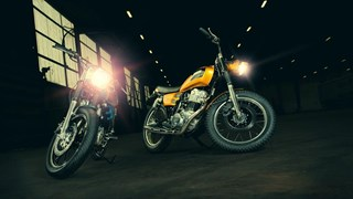 Yard Built SR400 'Stallion' and 'Bronco' by KEDO