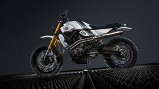 Yard Built desembarca en Turquía y presenta un diseño tracker sobre la XSR700, de Bunker Custom Motorcycles