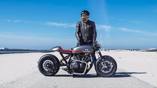 "Nueva XV950 Yard Built ""Son of Time"" de Numbnuts Motorcycles"