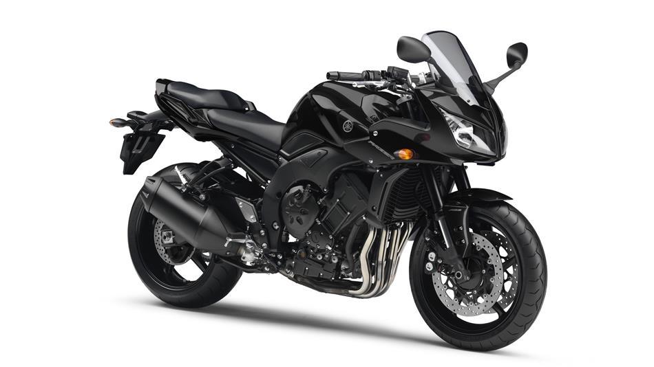 2013-Yamaha-FZ1-Fazer-ABS-EU-Midnight-Black-Studio-001