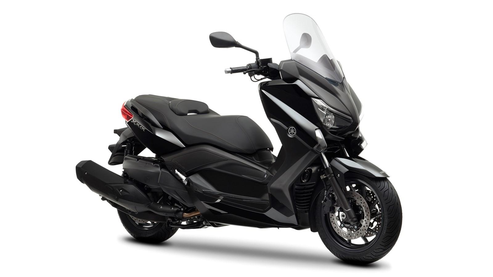 http://cdn.yamaha-motor.eu/product_assets/2013/XMAX400/2013-Yamaha-X-MAX-400-EU-Midnight-Black-Studio-001.jpg?width=1600&quality=75