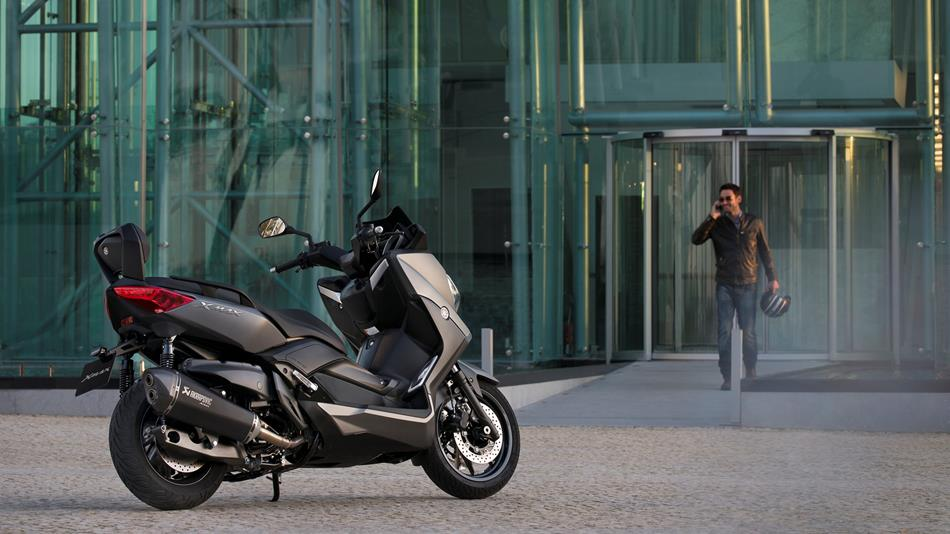 X Max 400 2013 Accessories Scooters Yamaha Motor Uk