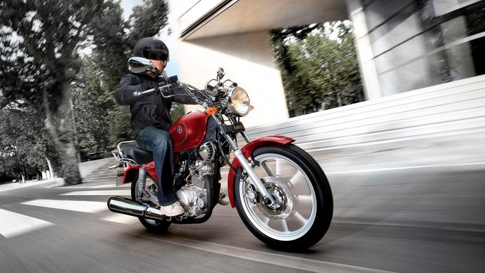 YBR125 Custom 2013 - Motorcycles - Yamaha Motor Slovakia