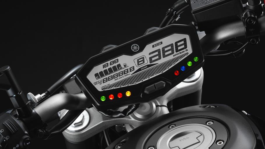 Yamaha MT-07 Rise Up Your Darkside  - Page 3 2014-Yamaha-MT-07-EU-Deep-Armor-Detail-018