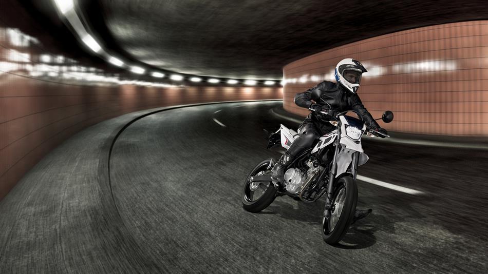 wr125x 2014 moto yamaha motor france. Black Bedroom Furniture Sets. Home Design Ideas