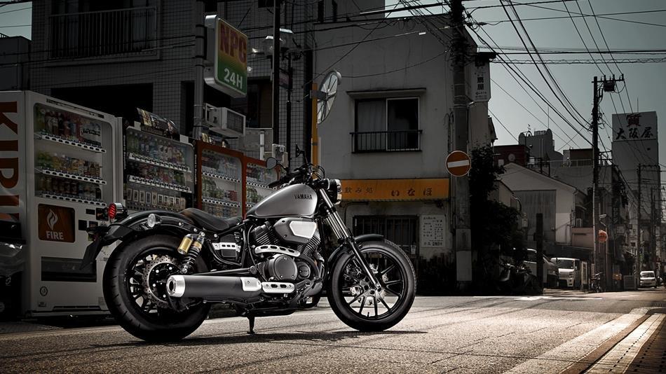 2014 Yamaha XV950R EU Matt Grey Static 001