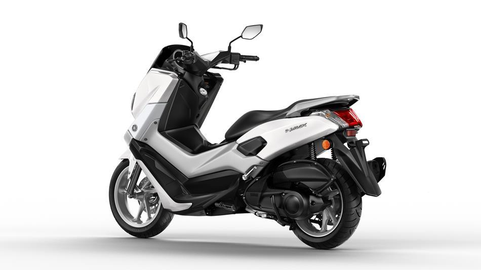 2015-Yamaha-G125YM-EU-Milky-White-Studio-005