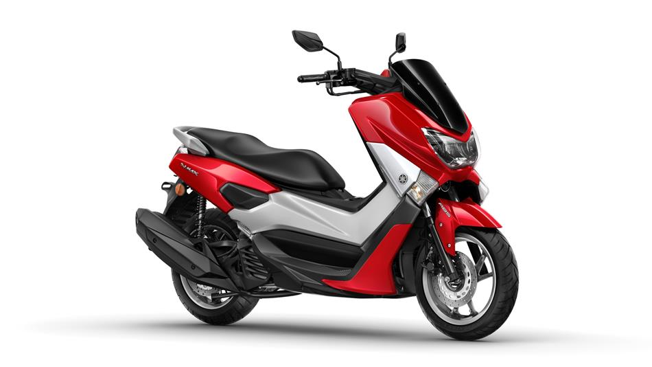 2015-Yamaha-G125YM-EU-Power-Red-Studio-001