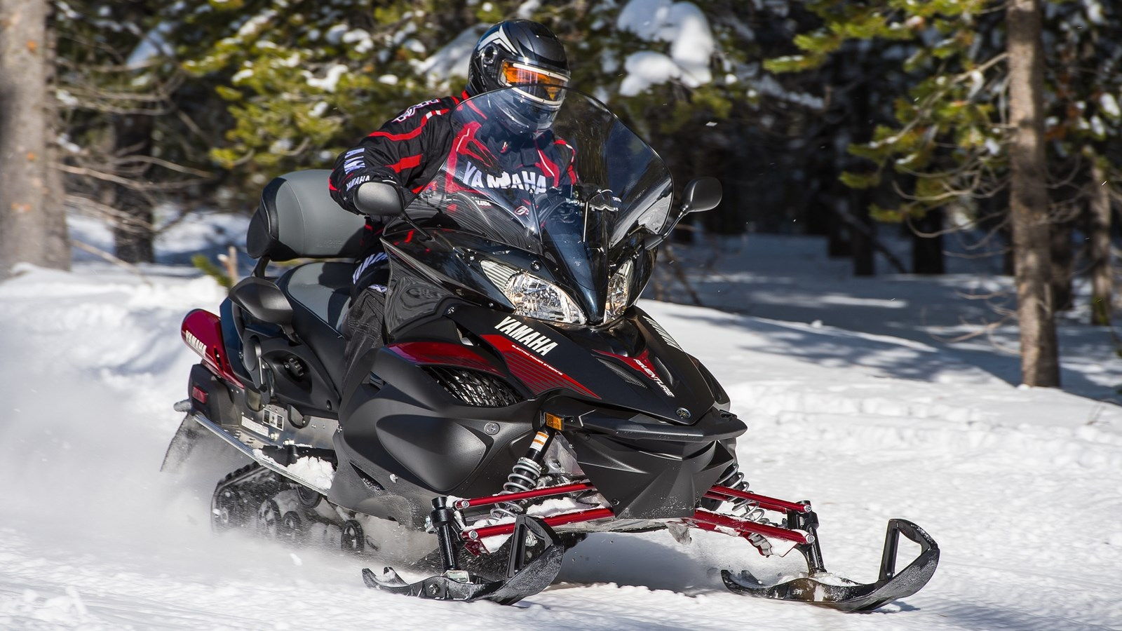 2015-Yamaha-RSVENTURE-TF-EU-Power-Black-