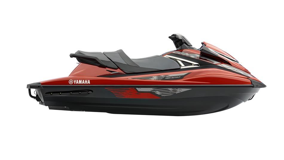 2015-Yamaha-VXR-EU-Torch-Red-Metallic-Studio-002