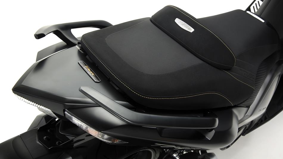 tmax iron max abs 2015 dati tecnici e prezzi scooter yamaha motor italia. Black Bedroom Furniture Sets. Home Design Ideas