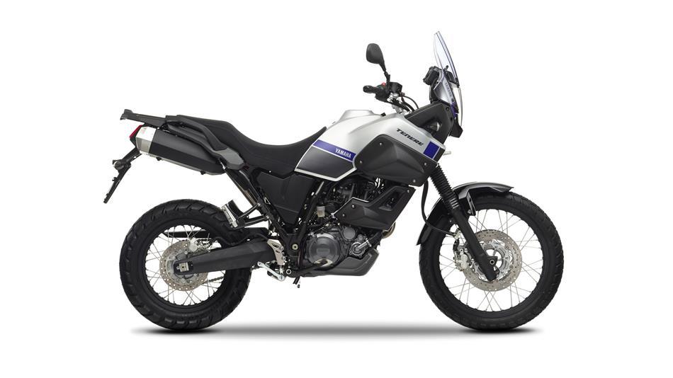2015-Yamaha-XT660Z-Tenere-EU-Race-Blu-Studio-002.jpg