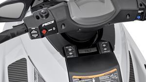 Controlul electronic al acceleraţiei