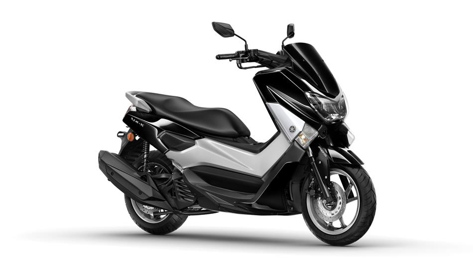 2016-Yamaha-G125YM-RU-Midnight-Black-Studio-001