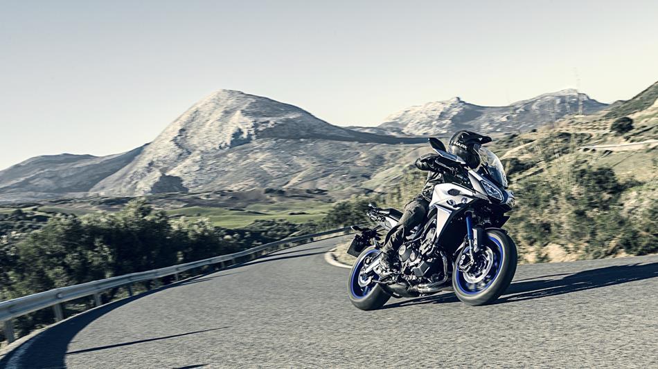 Tracer 900 2016  Motorräder  Yamaha Motor Schweiz