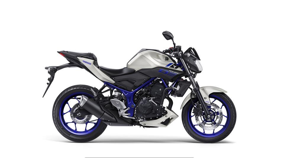 moto yamaha 320 cc