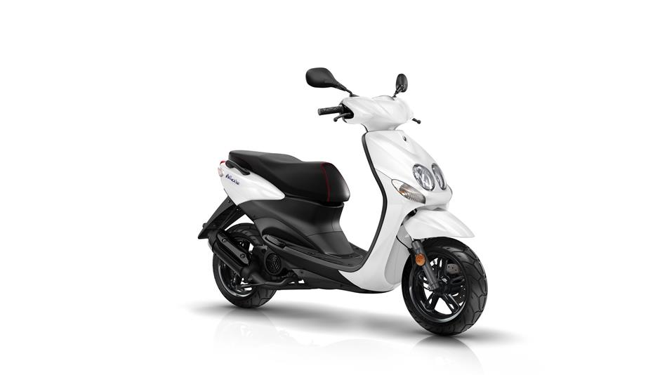 2016-Yamaha-Neos-EU-Competition-White-Studio-001