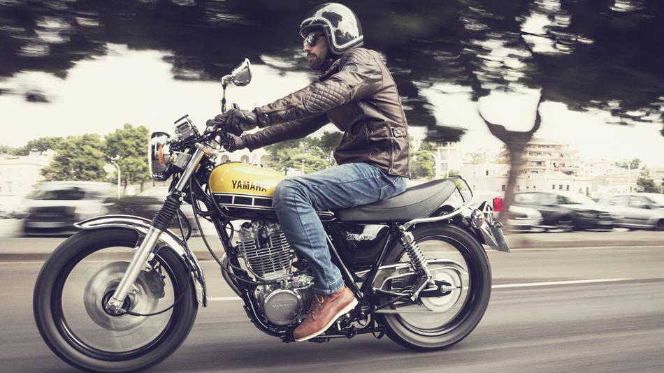 2016 Yamaha SR400 EU 60th Anniversary Action 001