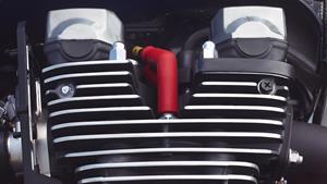 Motor puternic şi robust, cu 4 cilindri în linie, răcit cu aer