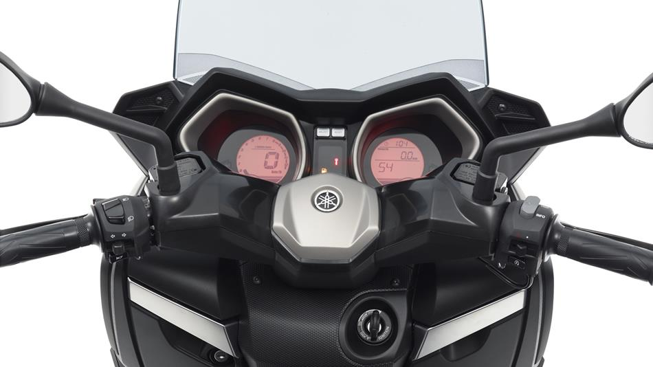 x max 250 abs 2016 points forts et caract ristiques scooter yamaha motor france. Black Bedroom Furniture Sets. Home Design Ideas