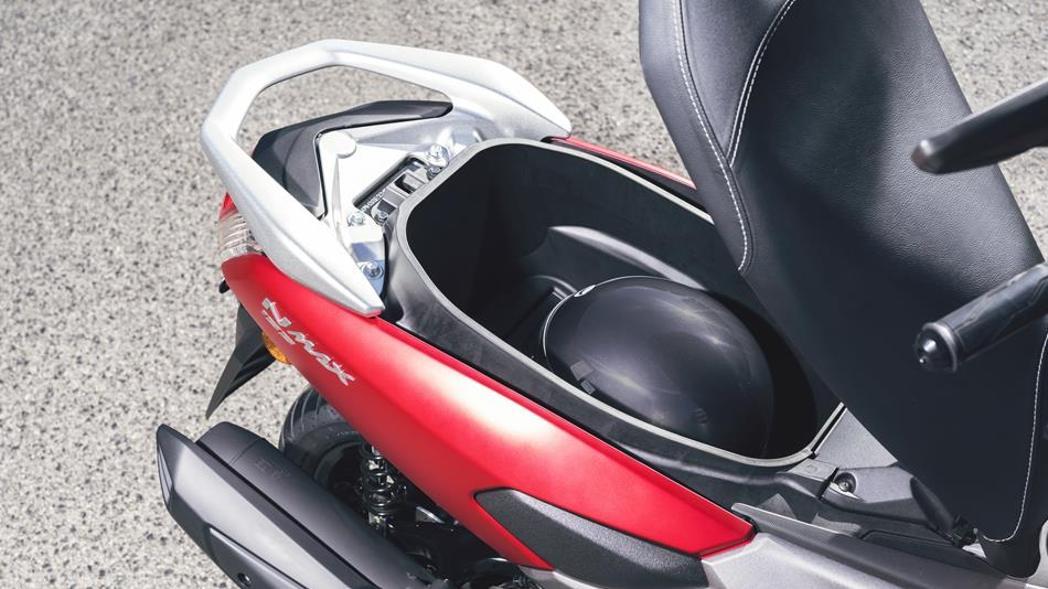 Nmax 155 Abs 2018 Dati Tecnici E Prezzi Scooter Yamaha