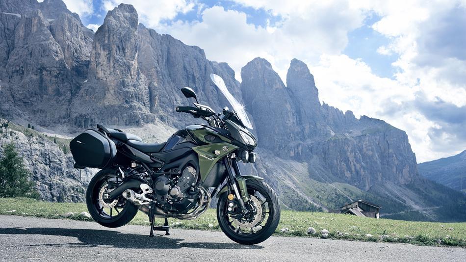 tracer 900 2017 features techspecs motorcycles yamaha motor uk. Black Bedroom Furniture Sets. Home Design Ideas