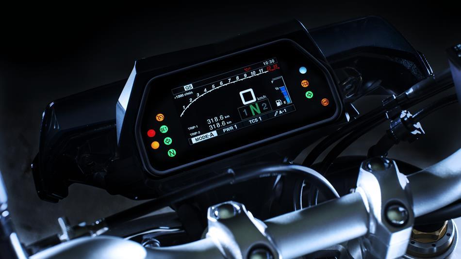 MT-09 millésime 2018 2017-Yamaha-MT10DX-EU-Silver-Blu-Carbon-Detail-004