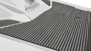 Легкие корпус и палуба из материала NanoXcel®