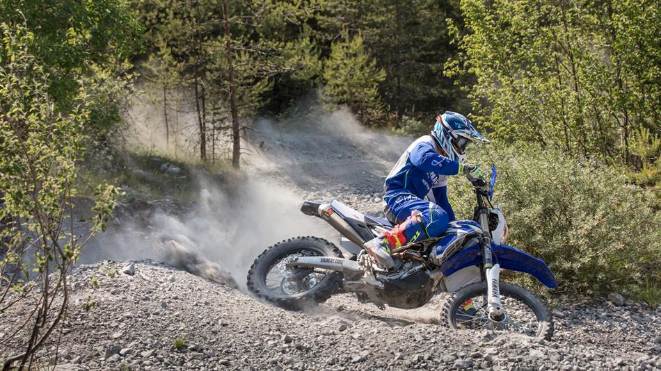 16 2016 Yamaha Wr250f Eu Racing Blue Action 007