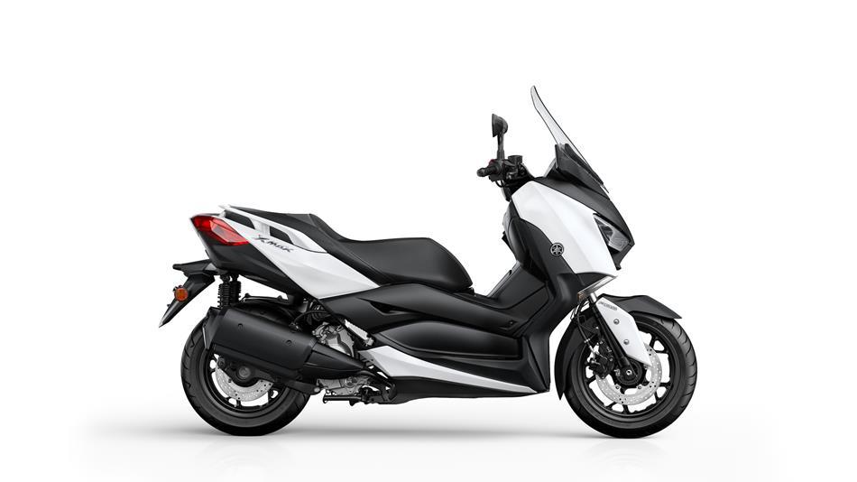 x max 300 2017 scooters yamaha motor uk. Black Bedroom Furniture Sets. Home Design Ideas