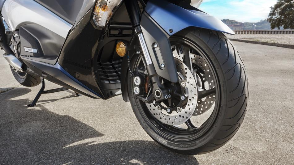 tmax dx 2017 points forts et caract ristiques scooter yamaha motor france. Black Bedroom Furniture Sets. Home Design Ideas