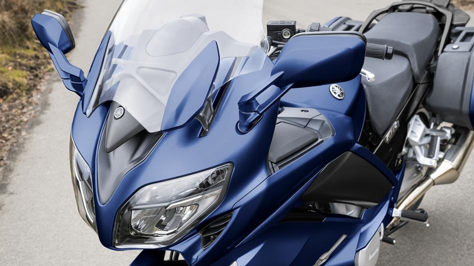 https://cdn.yamaha-motor.eu/product_assets/2018/FJR1300AS/950-75/2018-Yamaha-FJR1300AS-EU-Phantom-Blue-Detail-027.jpg